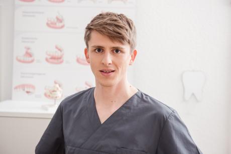 Robert Rötz Zahnarzt
